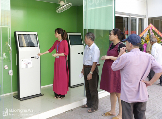 FPT.eHospital reduces queues and increases visits at Vinh Hospital