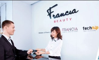 Francia Beauty Group and FPT IS jointly deploy human resource management solution